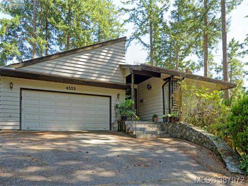 4525 Rithetwood Dr, Saanich East, BC, V8X 4J5 Photo 1