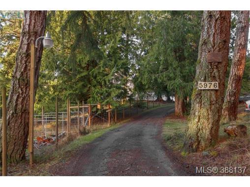 5976 Leda Rd, Sooke, BC, V9Z 1B5 Photo 1